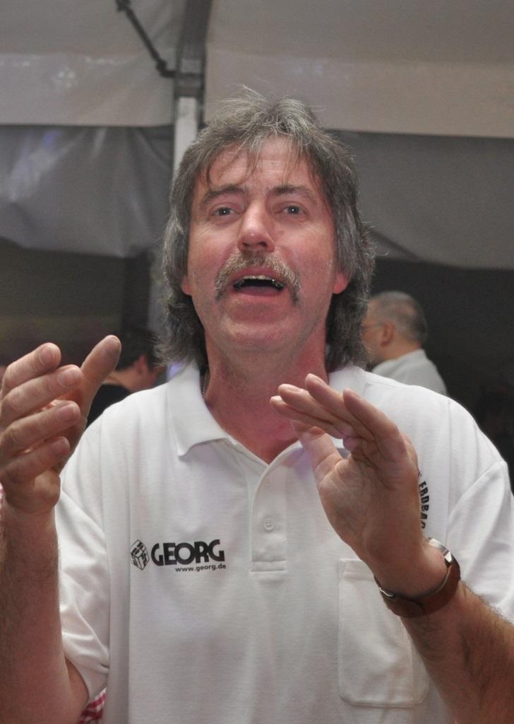 Dirk Michel (geschf. Vorstand)